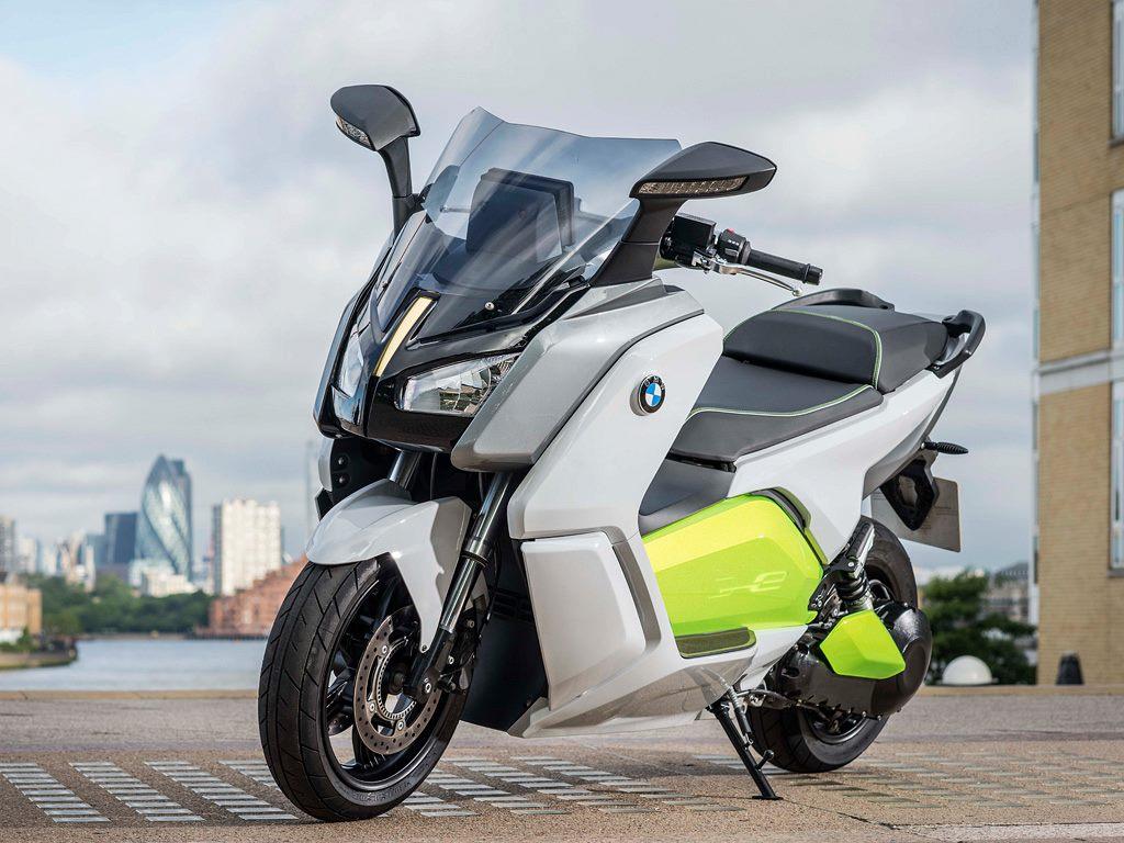ВЕЛОСИПЕДЫ, bike, ebike, bicycle - Страница 4 Bmw-c-evolution-motorrad-e-scooter-01