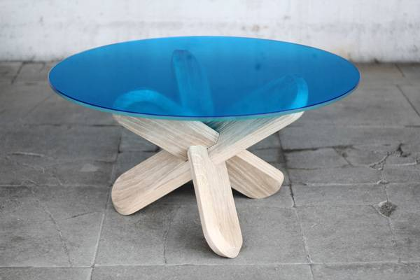 Modern Table by designer Ding 3000