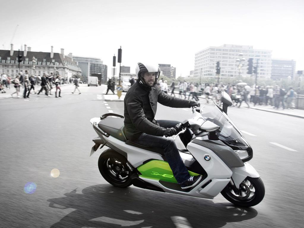 BMW C Evolution - Motorrad E-scooter
