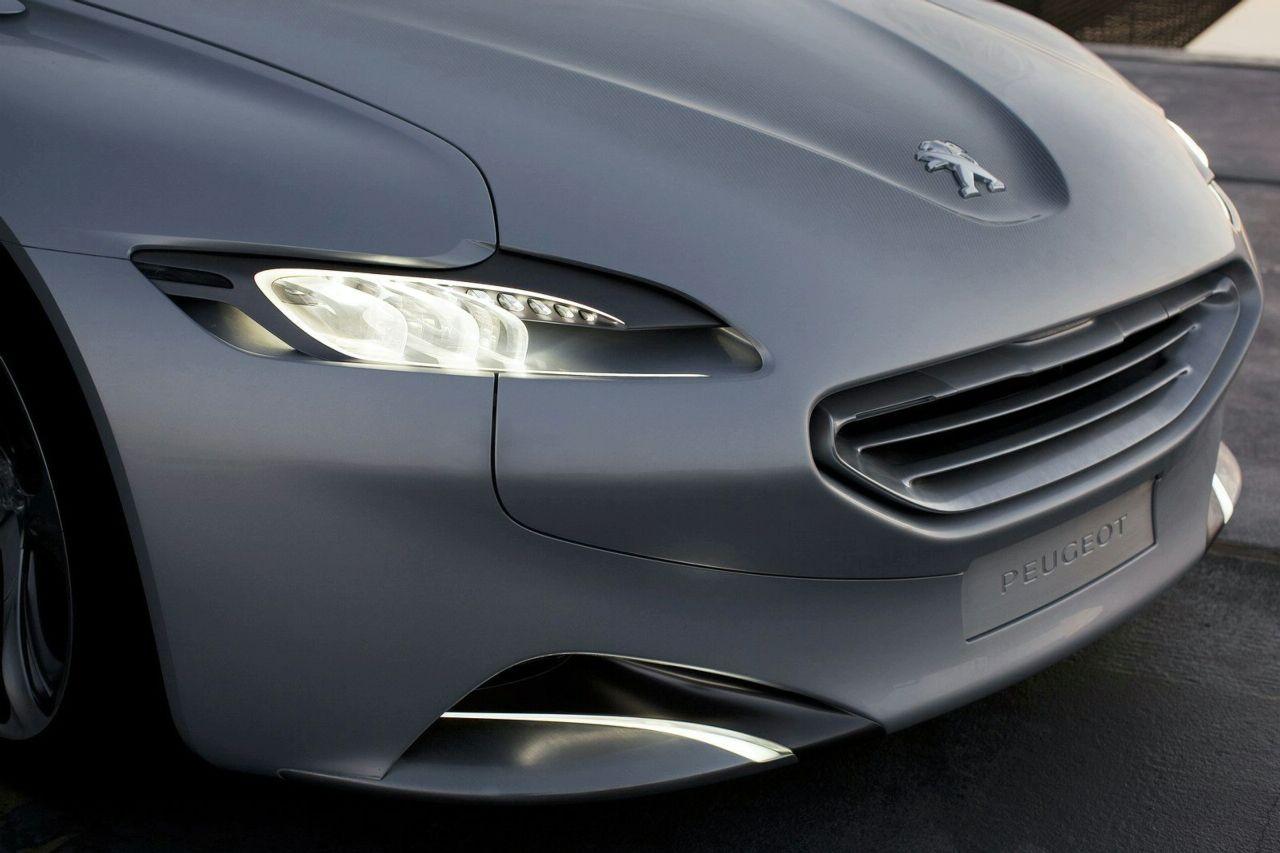 Peugeot SR1 - LED headlights