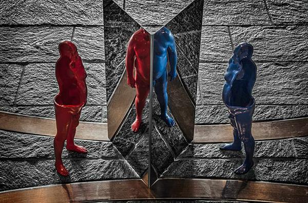 Anamorphic Sculptures by Jonty Hurwitz