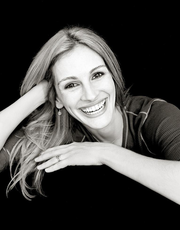 Julia Roberts - Celebrity Portraits by Andy Gotts