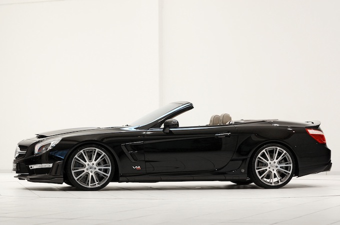 A carbon body - Brabus 800 Roadster