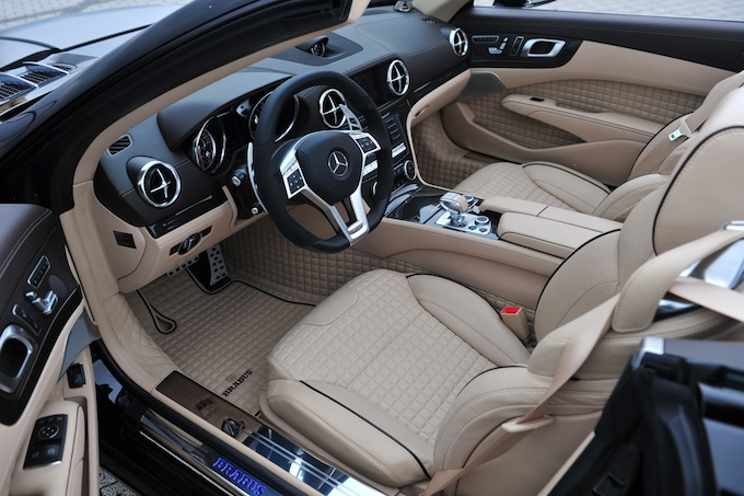 Luxurious cabin - Brabus 800 Roadster