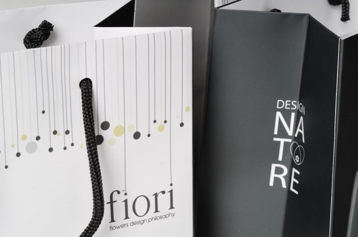 A closer look at the print on the gift bags - Fiori Flowers
