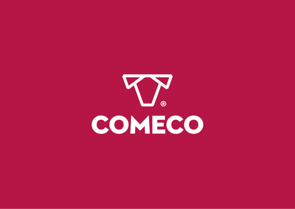 The logo against the backdrop - Comeco